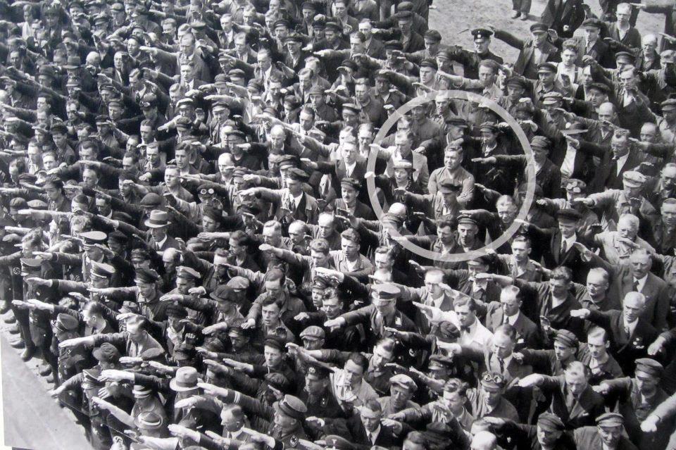 August Landmesser  Cantieri Navali di Amburgo 1936