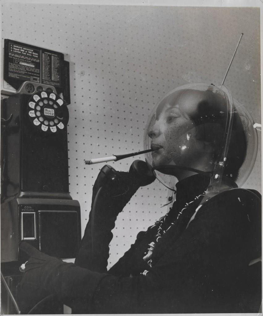 weegee telefono